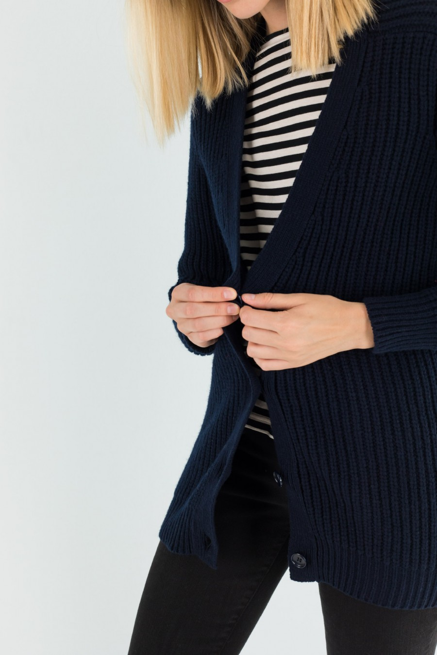 Cardigan blu in lana merino extrafine