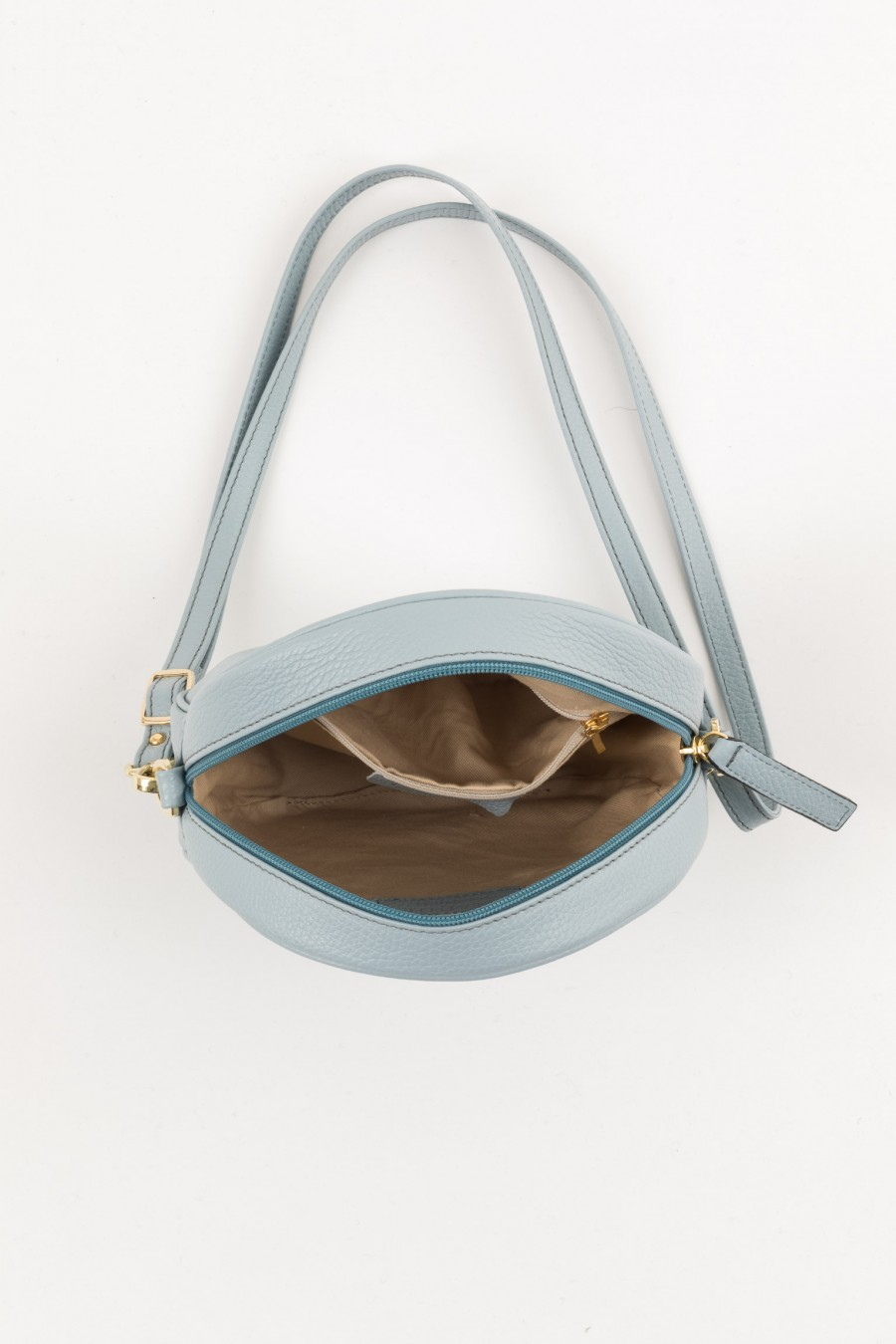 Bag with removable blet