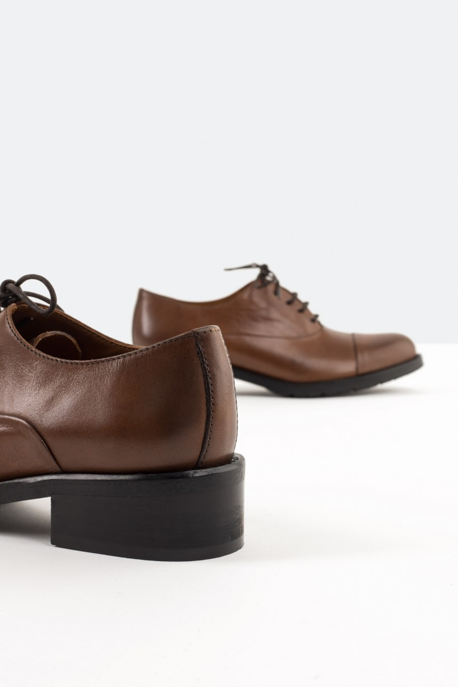 Italian leather brown derby shoes