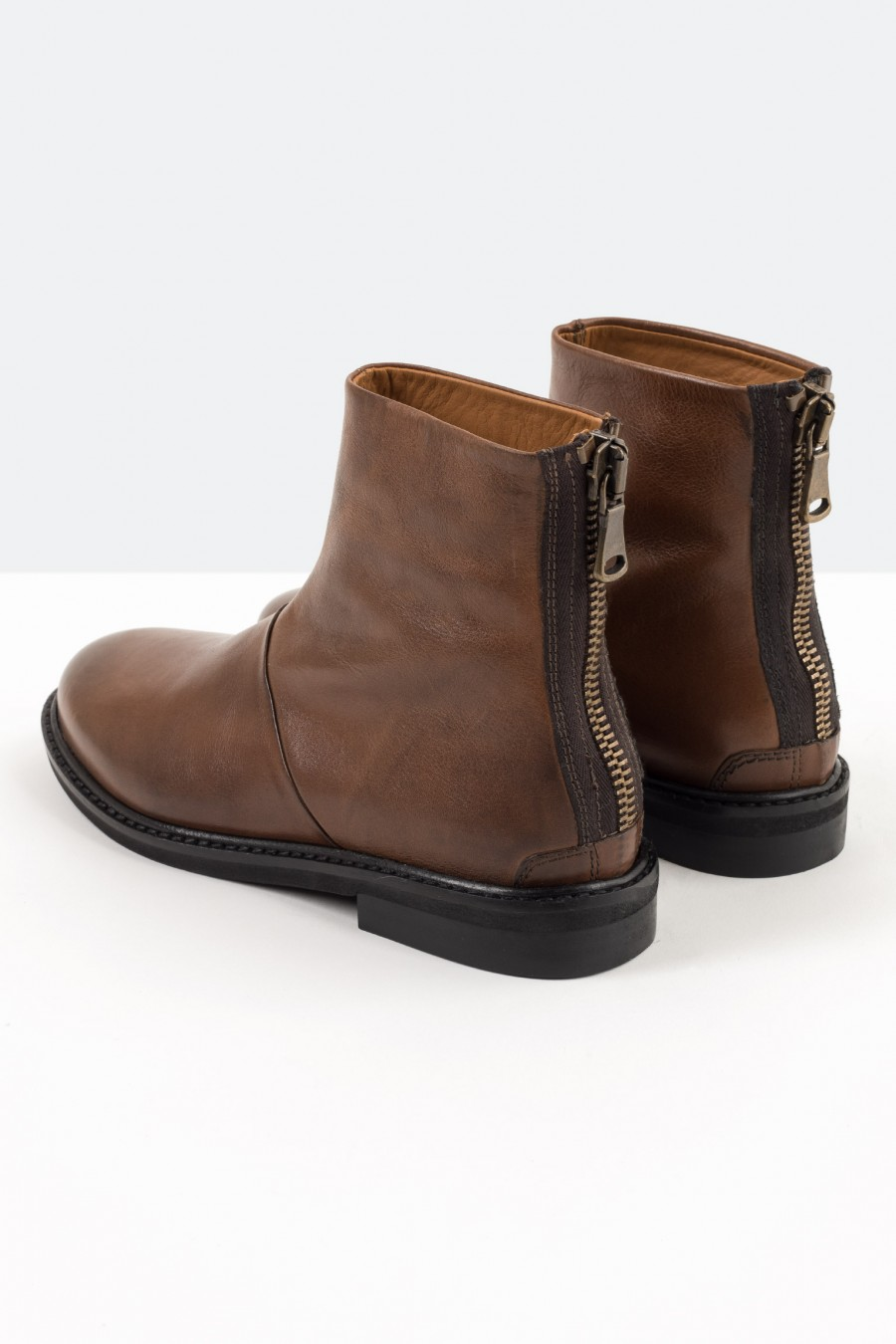 Brown boots with back zip