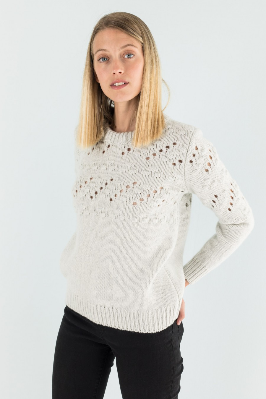 Thick openwork jumper