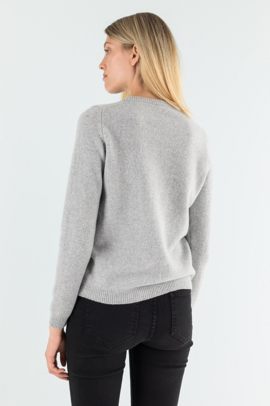 Soft and simple merino wool pullover