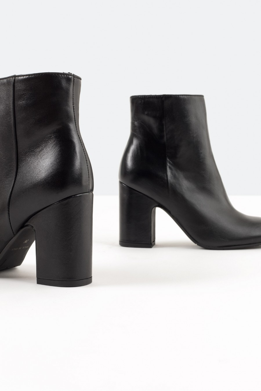 Casual black leather ankle boots