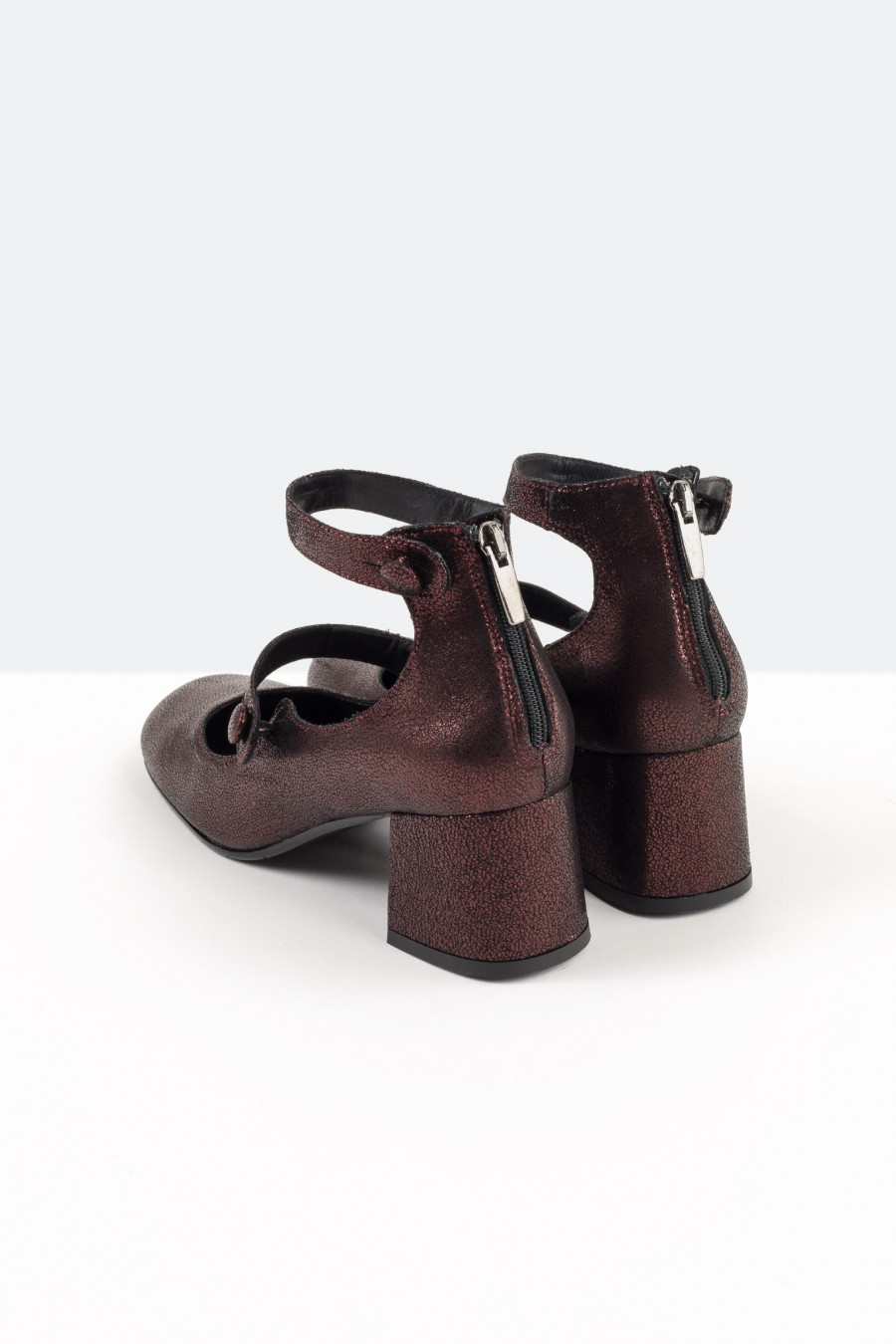 Burgundy metallic leather shoes with ankle straps