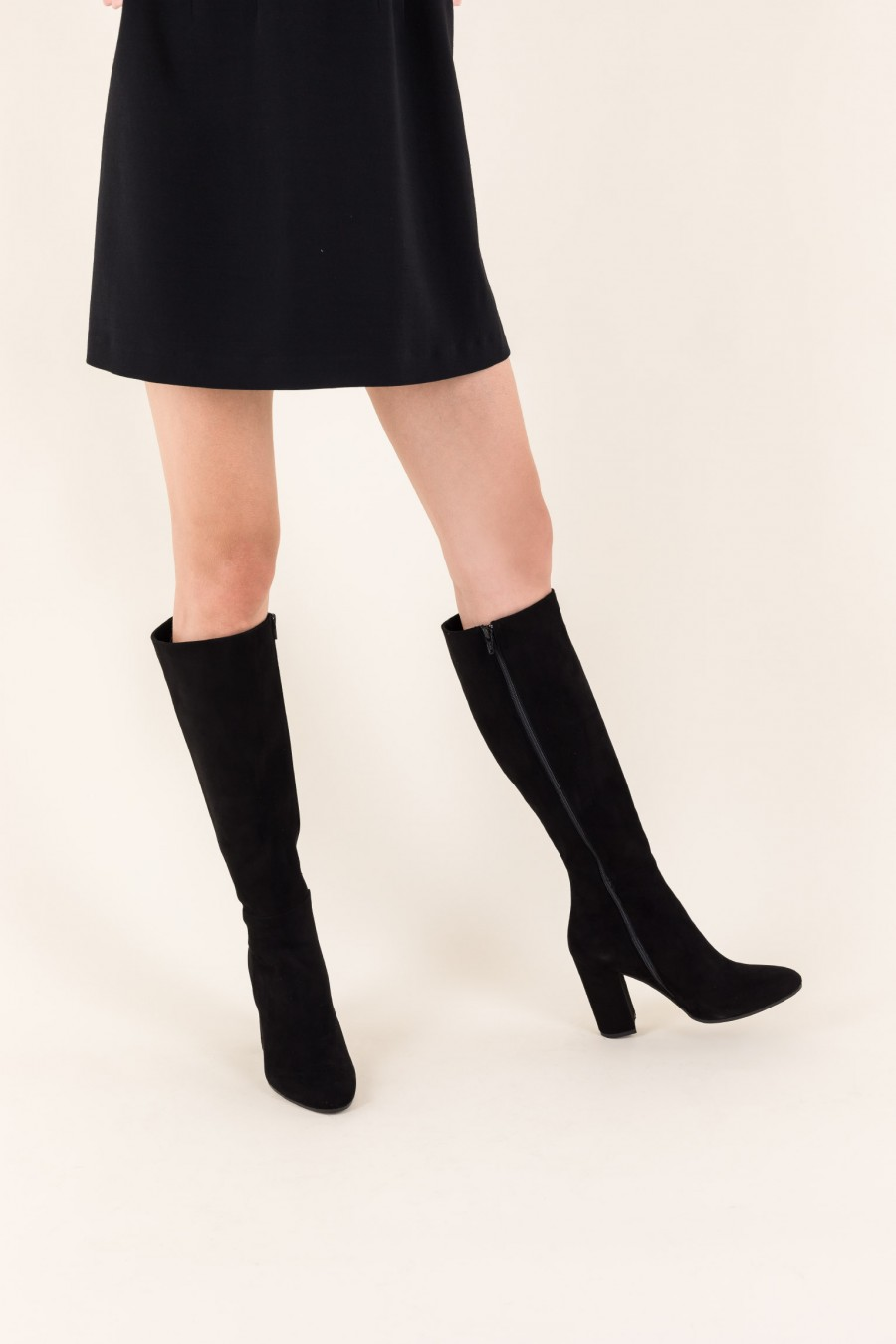 Boots with rounded high heels