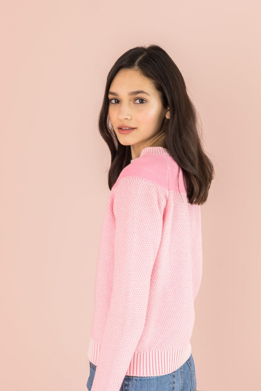 sweater with long sleeves and with yoke