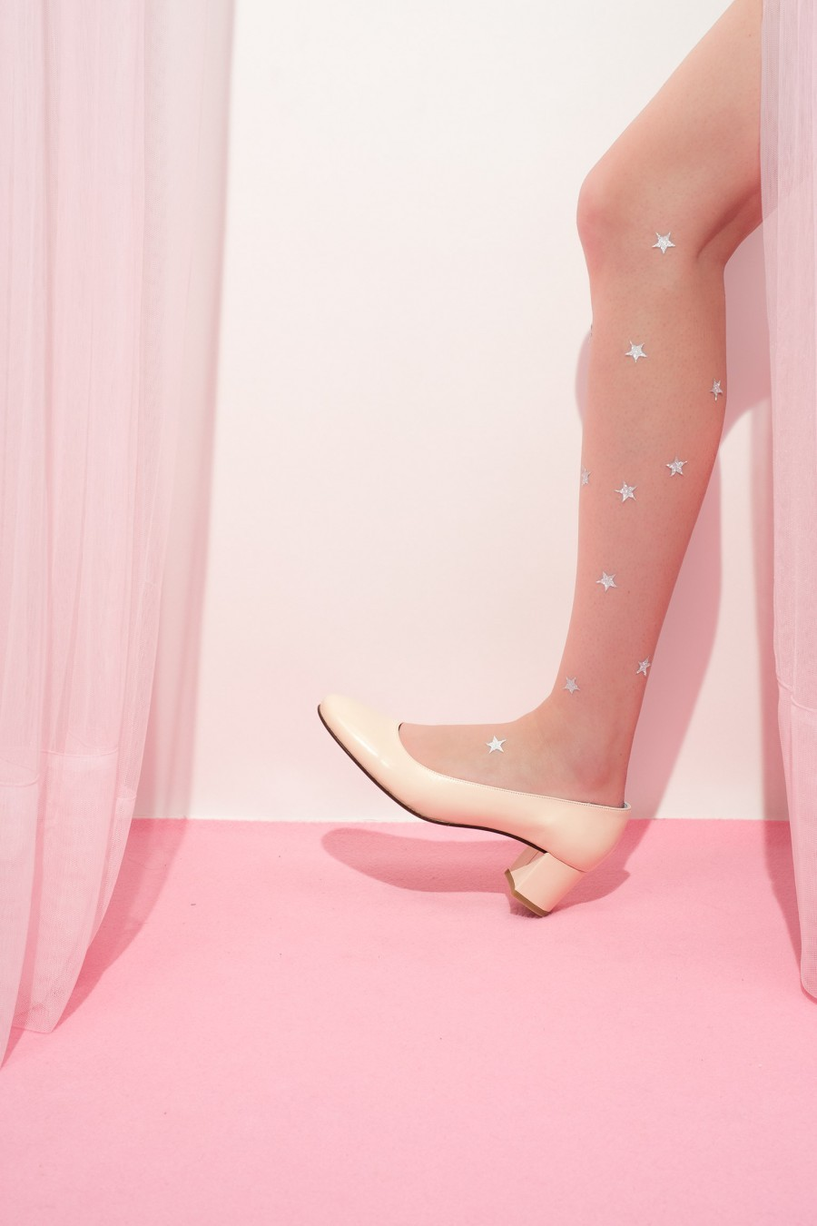 Lazzari shoes round point pale pink