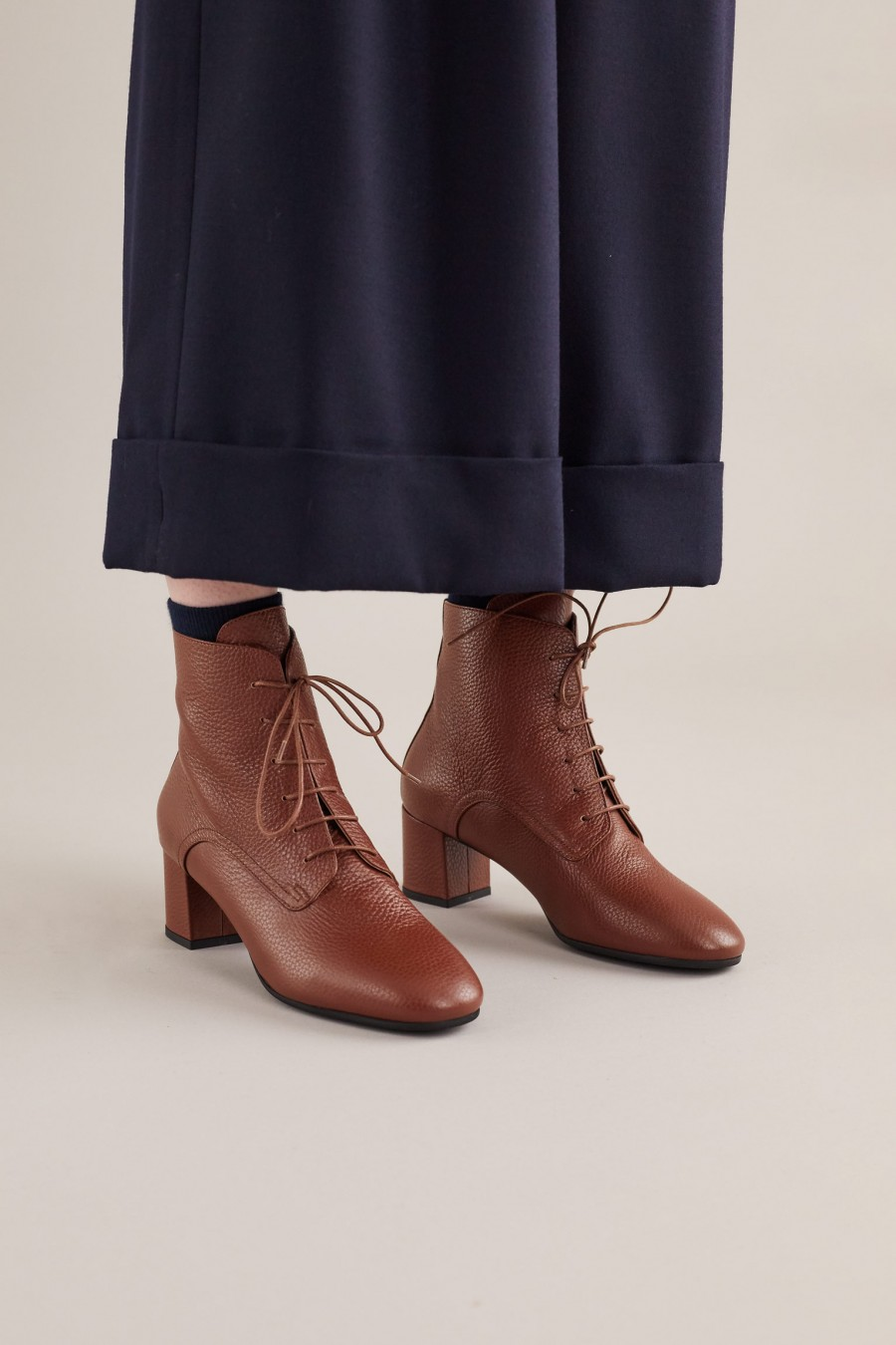 Lace-up ankle boots with comfortable heels